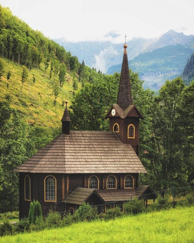 Drevený kostol svätej Anny