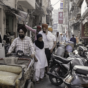 Amritsar, Golden Temple Road