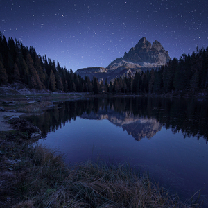 Odrazy na Lago Antorno...