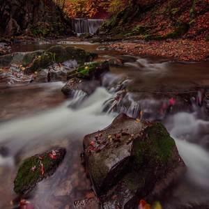 Jesenný vodopád...
