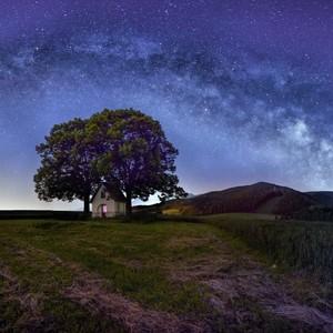 Milky Way nad kaplnkou...