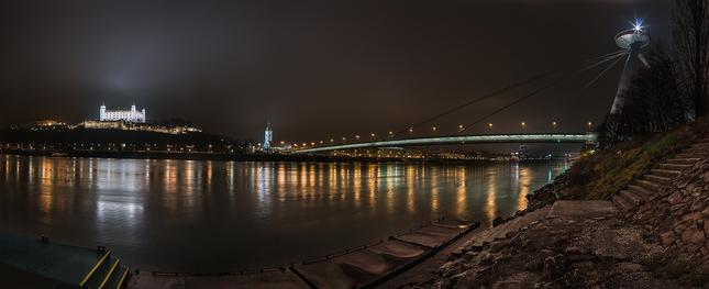 Pri Dunaji...