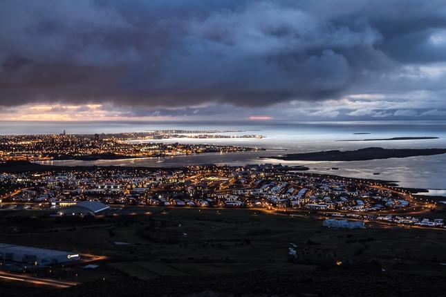 Nočný čas / Reykjavík