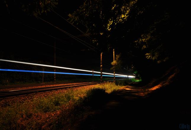 ked na mna z lesa vyskocil vlak