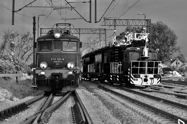 Pozor na vlak!
