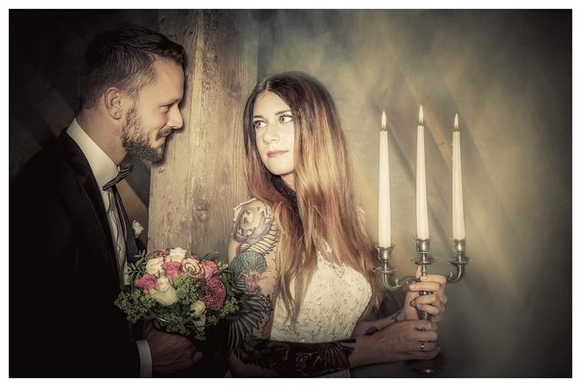 Jedna Svadobna, Simon & Ria