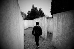 Labyrint samoty