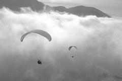 Hlava v oblakoch