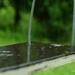 hojdačka v daždi