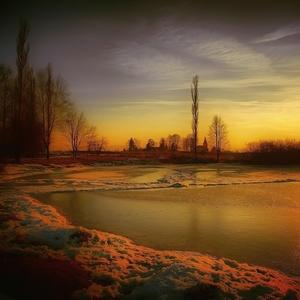 Podvečer pri rybníku