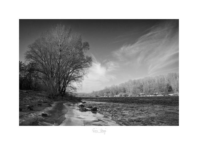 Rieka a mráz