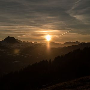 Západ slnka nad Alpami