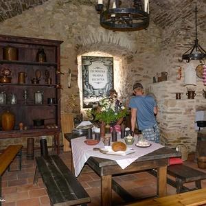 V hradnej kuchyni