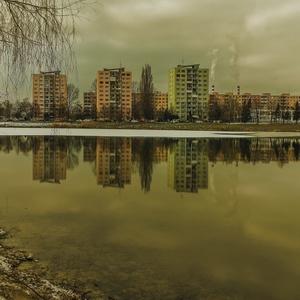 Na jazere