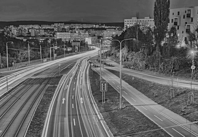 Mesto v noci