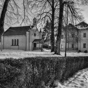 Kostolík v Herľanoch