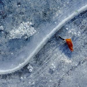 Zakliate v ľade 08