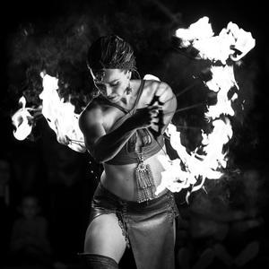 tanec s ohňom