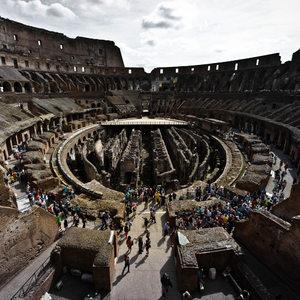 Rím .. zašlá sláva Kolosea