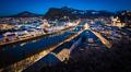 * Nočný Salzburg z ruky *