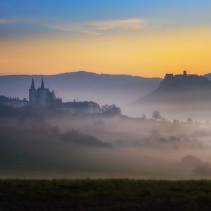 jeseň pod hradom