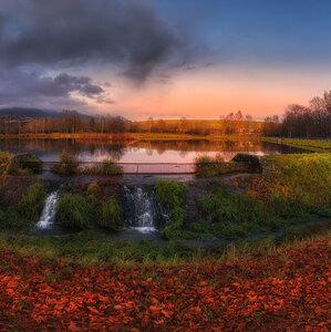 jeseň pri rybníku