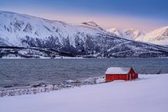 deň pri fjorde