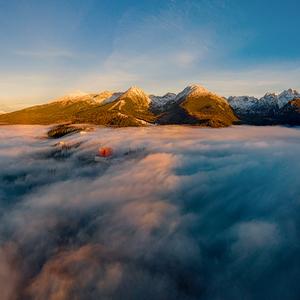 nad oblakmi II