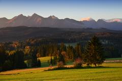 ráno pod poľskými Tatrami