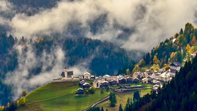 dedinka v údolí II