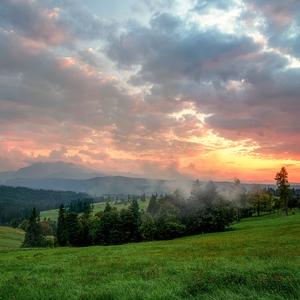 večerné oblaky