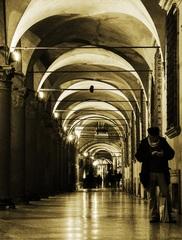 KoridorpriBasilica Santo Stefano