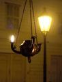 Stredoveká vs. súčasná lampa