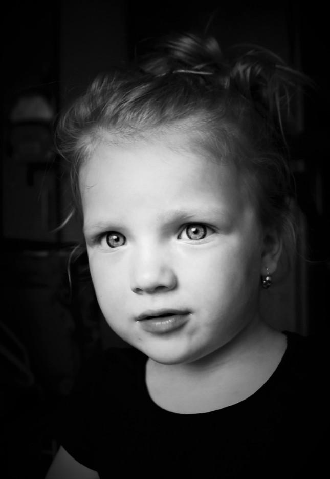 Portrait, Little Sue