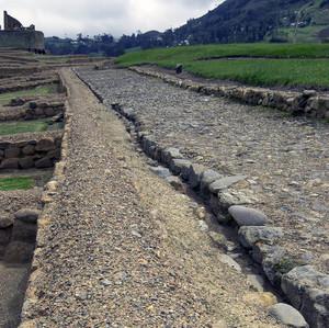 Ingapirca 12 - cesta k chrámu