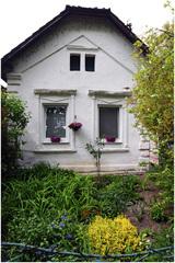 Biely dom II