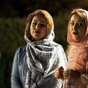 Večer v Shahzadeh garden