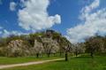 Jar pod hradom