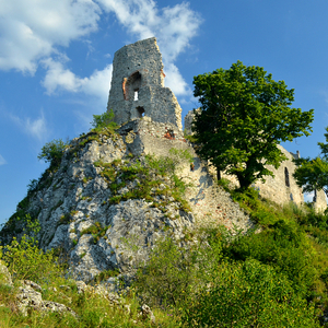 Čarovný hrad v Karpatoch