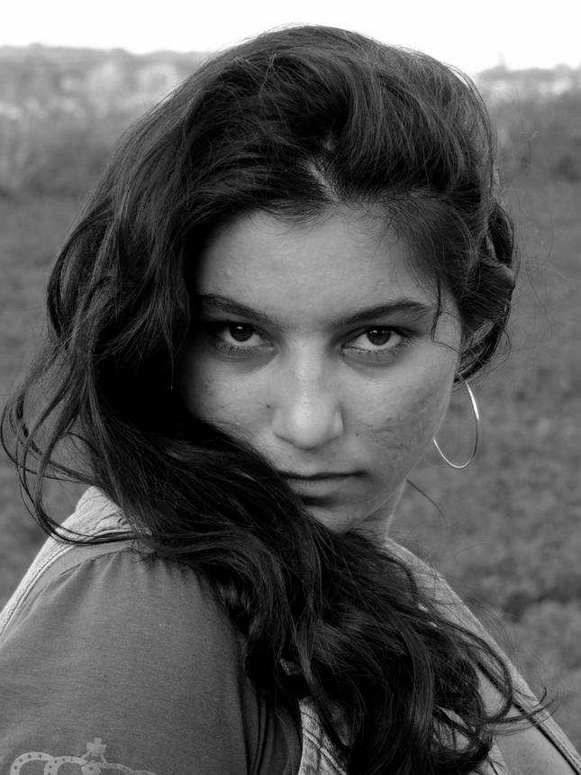 Dievča z osady