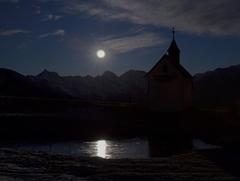 Mesiac nad Jaufenpassom