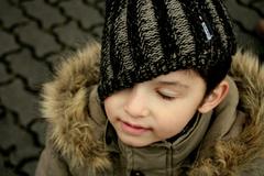 Chlapec v čiapke