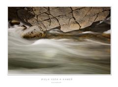 Biela voda a kameň