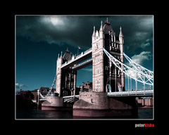 Tower Bridge trošku ináč