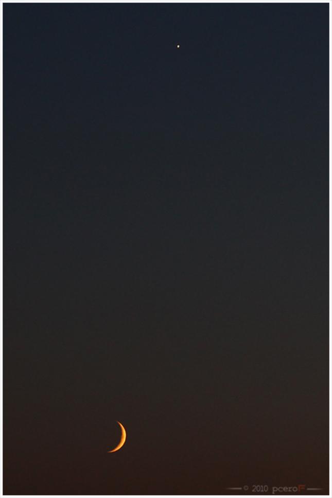 Konjukcia mesiaca a Venuši