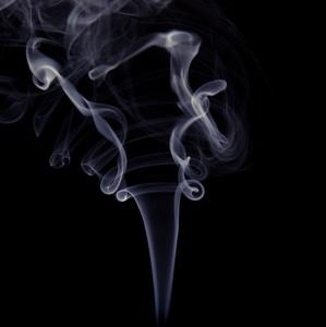 Kým stúpa dym
