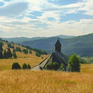 Kostol v horách