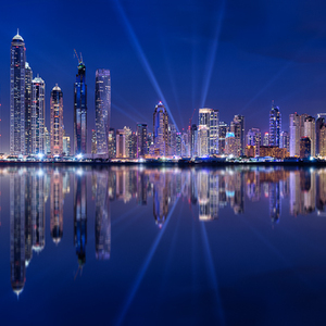 Dubai 5 Marina light show