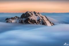 * Nebeská hora *