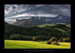 *Súľovské Skaly . Letné pohľady*